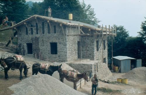 009_rifugio-costruzione-1980